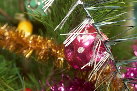 Xmas tree. Xmas glass sphere.  Sparkling tree ornament Stock Photo - 11782108
