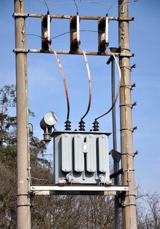 transformatoren en distributie van elektriciteit Stockfoto