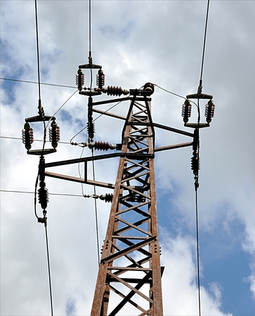 high voltage conductor Standard-Bild - 93036711