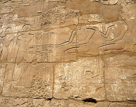 detail view, Egyptian hieroglyphs Standard-Bild - 114942472