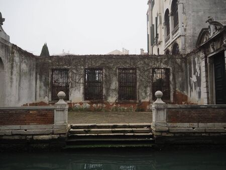 venice, patio on the canal