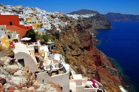 volcanic: The stunning village of Oia hanging from the cliffs in the volcanic island of Santorini, Greece Stock Photo