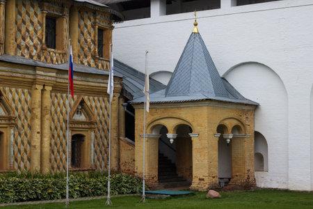 Russia, Rostov Veliky, September 2020. Church Of The Hodegetria. Porch of the Church of the Odigitria of the Rostov Kremlin. 新闻类图片