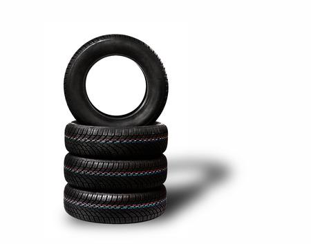 Les pneus de voiture. Hiver structure de profil de roue sur fond blanc