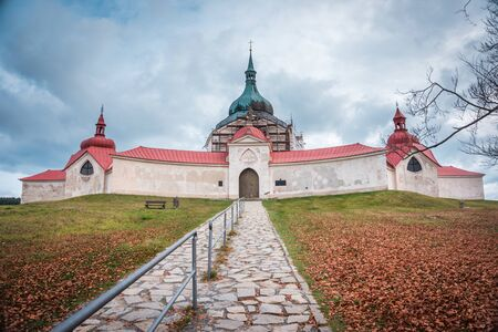 Church of St. John of Nepomuk on Zelena Hora - UNESCO monument. It was built in baroque gothic style and was designed by architect Jan Blazej Santini-Aichel. It is placed near Zdar nad Sazavou town. 版權商用圖片