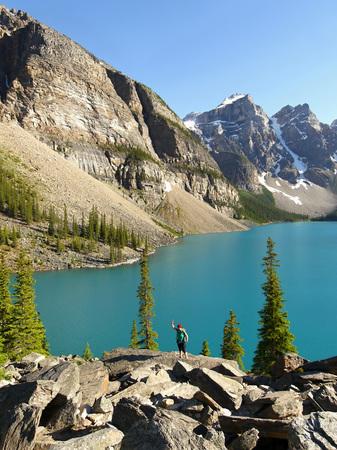 alberta: Moraine Lake - Alberta, Canada