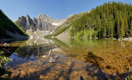 산악 호수 - 캐나다 록키 산맥