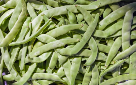 Image of green beans in a box on the market. Stock Photo - 15117275