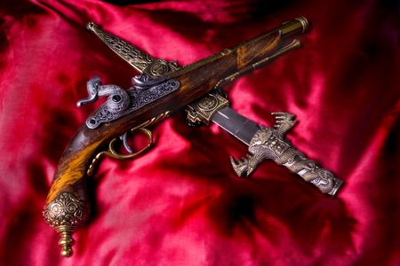 Gun and knife for Pirates Stock Photo - 362911