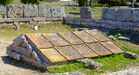 calcareous: box grave consisting of five calcareous plates in Paestum, Italy, Stock Photo