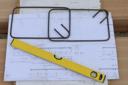 spirit level: Construction site: spirit level graphic design shaped iron