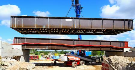 corten: launch in COR-TEN steel bridge crane 200 t Stock Photo