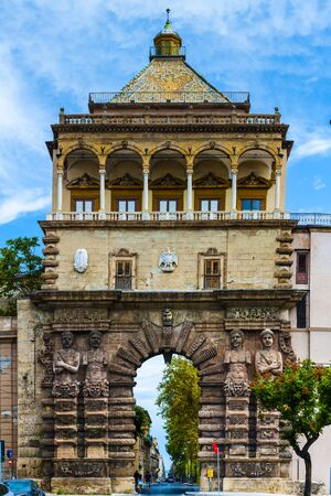 Porta Nuova of Palermo, medieval gate to the historical town center in Sicily, Italy Stok Fotoğraf