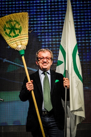padania: BERGAMO, ITALY - APRIL 14 Roberto Maroni in Bergamo April 14, 2012  The Italian right political party Lega Nord, meets with its voters to discuss internal problems and elect new president