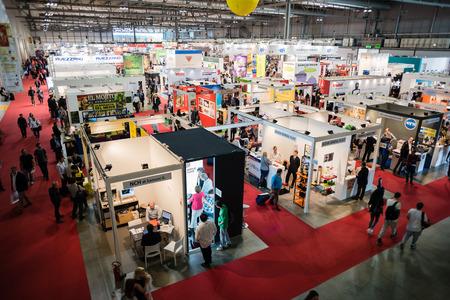 ミラノ、イタリア - 10 月 17 日: Viscom イタリアは 2014 年 10 月 17 日にミラノで開催。Viscom のイタリアでは重要な国際見本市や会議ビジュアル ・ コミ 報道画像