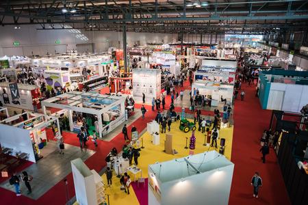 ミラノ, イタリア - 10 月 17 日: Viscom イタリア 2014 年 10 月 17 日にミラノで開催。Viscom のイタリアは、重要な国際見本市とビジュアル ・ コミュニケー