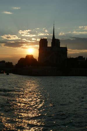 les: Les Tours de Notre-Dame de Paris Stock Photo
