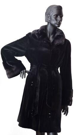 bontjas: Zwarte bont jas op mannequin