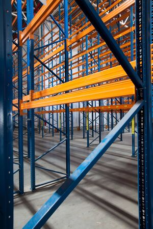 Inter of a modern warehouse ,clean and empty Stock Photo - 7868502
