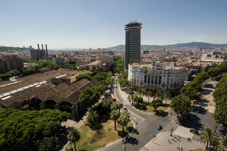 descubridor: BARCELONA, SPAIN - AUGUST 05: Barcelona. Aerial view seen from the Columbus Column August 05, 2011 in Barcelona, Spain. Editorial