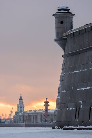 castles needle: Winter Petersburg. View of the Kunstkamera and rostral column. Sunset.