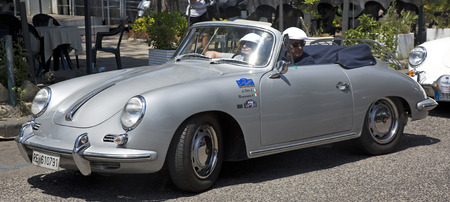 gran prix: Naples, Italy, July 02, 2016: vintage silver-plated Porsche 356 during the annual historical re-enactment of the Grand Prix of Naples Editorial