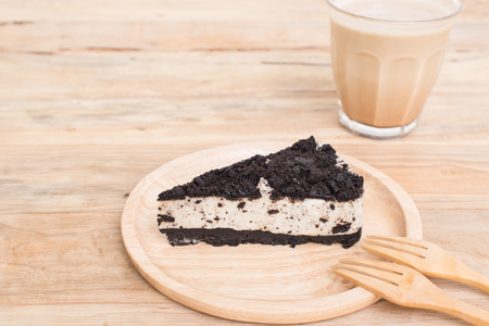 Creamy cheesecake with chocolate cookies and cream biscuits, chocolate cookies and cream biscuits cheese cake.