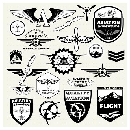 avion de chasse: Monochrome Set Mega de r�tro embl�mes, des �l�ments de conception, badges et �tiquettes logo sur le th�me de l'aviation