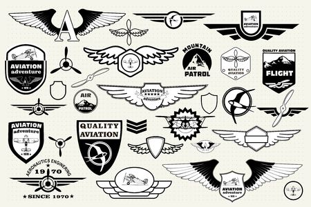 insignia: Monocromo Mega Conjunto de emblemas retro, elementos de diseño, insignias y parches en el icono de la aviación tema