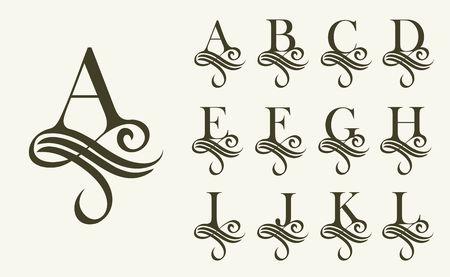 Set1 de la vendimia. Mayúscula de los monogramas y logotipos. Hermosa fuente de filigrana. Estilo victoriano. Logos