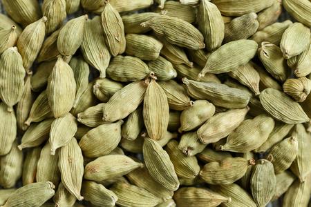 dried spice: portarretrato de picante seca - semillas de cardamomo