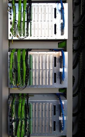 tablero de control: Panel de control con dispositivos de protección del relé