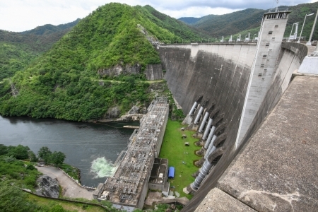 sustainable tourism: Bhumibol dam in Thailand with electricity generation Stock Photo