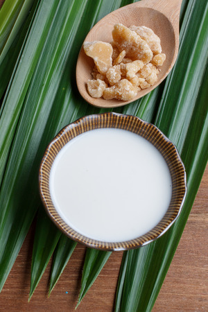 coconut palm sugar: palm sugar, natural food ingredient. good for health with coconut milk cream