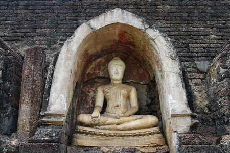 buddha Wat Chang Lom in Si Satchanalai sukhothai