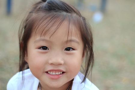 niños chinos: Retrato de niña asiática Foto de archivo