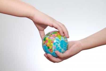 el mundo en tus manos: Hermoso mundo en sus manos