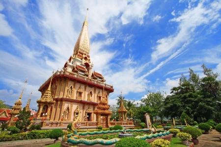 WAT CHAITHARAM or Wat Chalong TEMPLE in Phuket thailand Foto de archivo