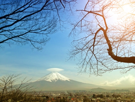 kawaguchi ko: Mt  Fuji with cap cloud Stock Photo