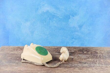 telephone: Retro telephone