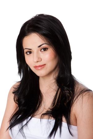 fair skin: Hermosa mujer joven y atractiva con la piel perfecta blanca y el cabello largo y negro, aislado.