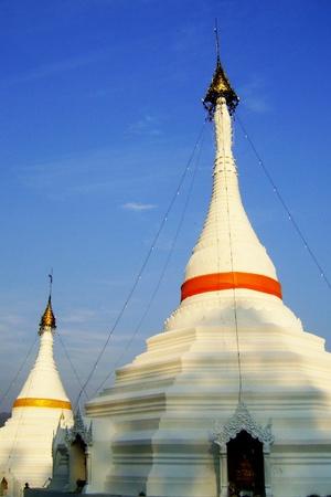 grand sons: wat phra that doi kongmu, mae hong son, thailand, pagoda.