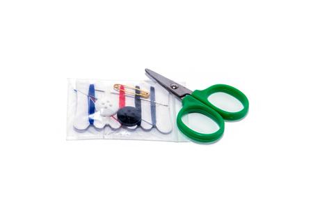 kit de costura: kit de costura, aislado en blanco Herramientas de costura
