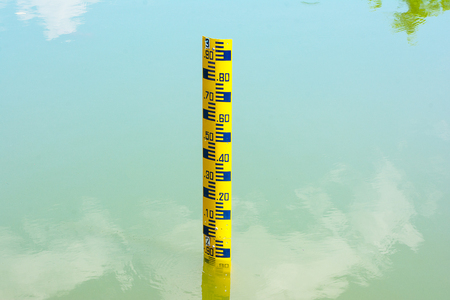 depth gauge: Water level measurement