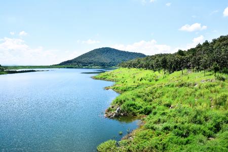 Beautiful Mae kuang Udom Thara dam background in Chiang mai,Thailand Standard-Bild - 120412256