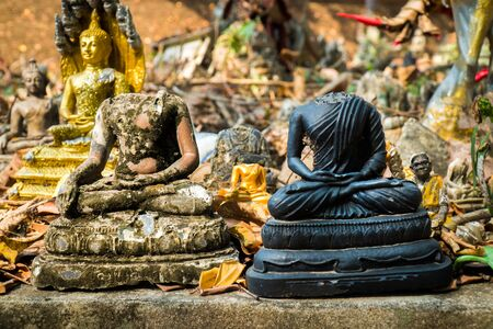 Two headless buddha image statue outdoor at the temple in Thailand. Reklamní fotografie