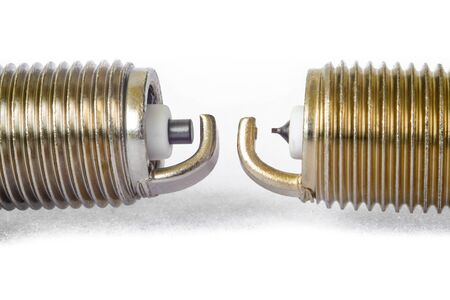 car spark plugs with iridium electrode and ordinary