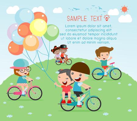 kinder: Los niños que montan las bicis, Niño montando en bicicleta, los niños en el vector de la bicicleta en el fondo blanco, ilustración de un grupo de niños en bicicleta sobre un fondo blanco.