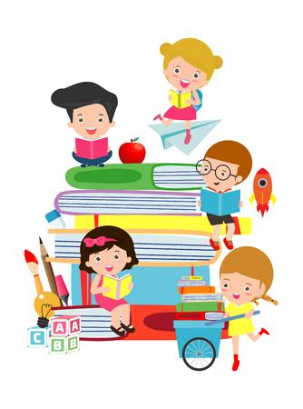 Enfants mignons, livre de lecture, enfants mignons, lecture de livres, enfants heureux tout en lisant des livres, Illustration vectorielle sur fond blanc.