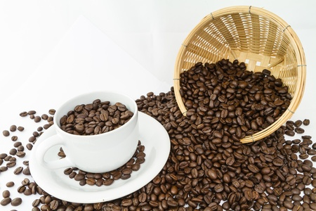coffee cup and coffee bean in basket isolate on white background Stock Photo